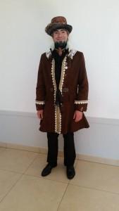 Darsteller im Herren Steampunk Outfit von Pink Pinscher